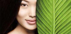 Текстуры, сродные структуре кожи Мы создаем наши продукты на основе веществ-эмульгаторов, схожих по составу со строительным материалом клеток кожи, что повышает эффективность проникновения активных веществ.