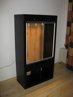 IKEA glass enclosure for reptiles