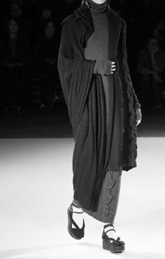 menimienaimori: Yohji Yamamoto FW15 at DREΛMS IN MONOCHRØME