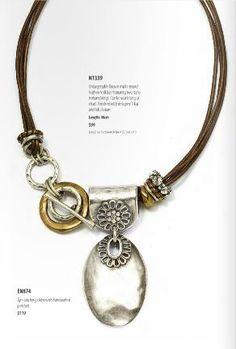 Asymmetrical necklace