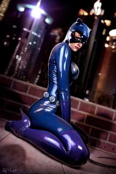 Catwoman cosplay. (Batman)