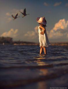 Deep Blue by Jake Olson Studios Photography Cute Kids Photography, Photography Poses, Nature Photography, Precious Children, Beautiful Children, Cute Baby Pictures, Beautiful Pictures, Photo Souvenir, Cute Baby Wallpaper