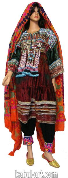 Vintage afghanistan ethnic traditional dress costume Nomaden afghan kleid No-G Afghan Clothes, Afghan Dresses, Vintage Outfits, Period Costumes, Maxi Dress With Sleeves, Costume Dress, 70s Fashion, Indian Dresses, Traditional Dresses