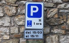 Parking Disc Sign #Italy #travel #tips