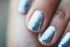 ombre glitter nails...i gotta try this