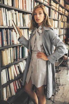 50 French Street Style Looks 50 Fashion, Girl Fashion, Fashion Outfits, Womens Fashion, Fashion Trends, Classy Fashion, Fashion Shoes, Style Fashion, Fashion Design