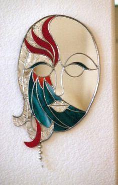 Mardi Gras Mirror – Delphi Artist Gallery – Verre et de vitrailes Stained Glass Mirror, Mirror Mosaic, Mirror Art, Mosaic Art, Mosaic Glass, Glass Mirrors, Stained Glass Suncatchers, Stained Glass Crafts, Stained Glass Designs
