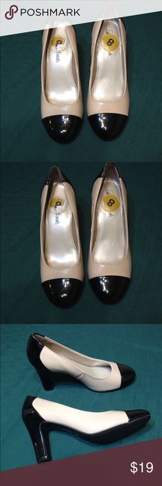 Women's dress shoes must bundle 3 New Life Stride Shoes Moccasins