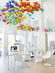 Modern & Vintage Living Rooms in Brilliant Living Color (Great Fodder for Ideas!) | nousDECOR