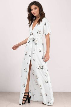 7a05ae279b6 26 Best Fall Maxi Dresses images