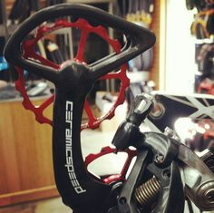Cause if you want bling, you got it! . #marginalgains #savewatts #upgrades #bikebling #roadcycling #ceramicbearings #hammerhead