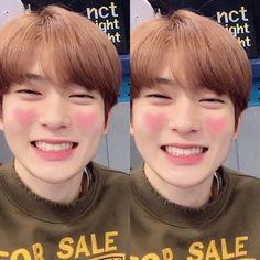 Boyfriend material : Jung Jaehyun💕 Look at that precious smile:( and those peachy cheeks asdfggjklgp Nct 127, Jaehyun Nct, Jooheon, Valentines For Boys, Jung Yoon, Jung Jaehyun, Winwin, Kpop Boy, Boyfriend Material
