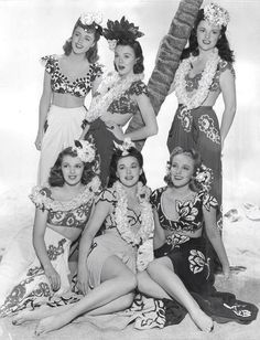 40's Hawaiian pinup girls Women's vintage summer fashion photography photo image