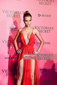 Josephine Skriver arrives at the 2016 Victoria's Secret Fashion Show Afterparty at Le Grand Palais on November 2016 in Paris, France. Get premium, high resolution news photos at Getty Images Josephine Skriver, Gorgeous Body, Beautiful World, Sharon Tate, Victoria Secret Fashion Show, Sexy Women, Clothes For Women, Photography, Modeling