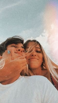 Cute Couples Photos, Cute Couple Pictures, Cute Couples Goals, Teen Couples, Freaky Pictures, Cute Boyfriend Pictures, Cute Couple Selfies, Romantic Couples, Beautiful Pictures