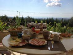 Voici le petit-déjeuner de Jérôme. Quoi dire de plus...