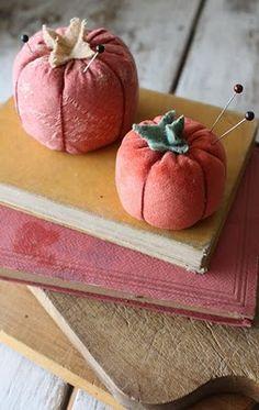 velvet tomato pincushions