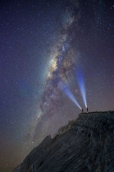 Milky Way in the Night Sky Night Photography, Amazing Photography, Street Photography, Nature Photography, Sky Full Of Stars, Star Sky, Beautiful Sky, Beautiful Pictures, Foto Art