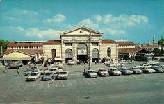 Η Πλατεία Δημοτικής Αγοράς Η παλιά φωτογραφία είναι από το 1967 Crete, Old Pictures, Mansions, History, House Styles, Antique Photos, Historia, Manor Houses, Villas