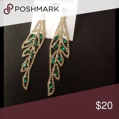 """🍀NWT Gorgeous formal earrings; green & clear vine NEW...🍀4.5"""" drop; Great for a formal or prom Jillian Michel Accessories"""