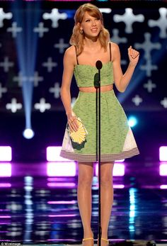 Know it all: Taylor Swift stirred up the pot by alluding to her famous exes on stage at Sunday's Teen Choice Awards