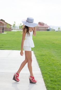 LULU*S WHITE HOT AMERICAN SUMMER - those wedge sandals are perfect!!