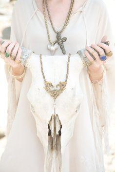 Photographer: Jonna Monola Tassel Necklace, Chain, Jewelry, Fashion, Moda, Jewlery, Jewerly, Fashion Styles, Necklaces