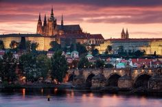 king charles bridge and the praha hrad in prague, czech republic! best city ive visited so far Places Around The World, Oh The Places You'll Go, Places To Travel, Places To Visit, Around The Worlds, Travel Stuff, Landscape Photography, Travel Photography, Visit Prague
