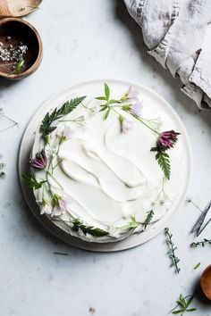 Flourishing Foodie: Carrot Cake with White Chocolate Cream Cheese Icing