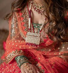 What an elegant looks! Soft subtle color attire along with jewelry makes it a perfect combination. Lehenga Designs Simple, Indian Bridal Photos, Mode Inspiration, Bridal Lehenga, Indian Sarees, Pakistani, Indian Dresses, Indian Outfits, Indian Wear