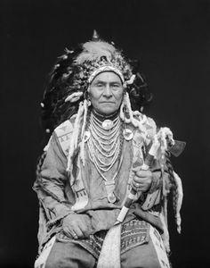 Wolf Plume - Blackfeet (Pikuni) - 1916