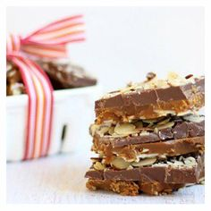 Tis the season to make delicious candy for all your loved ones! Try this super easy, super tasty Copycat Almond Roca™.