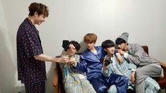 [ Naver - 26042018 ] Stray Kids on LieV