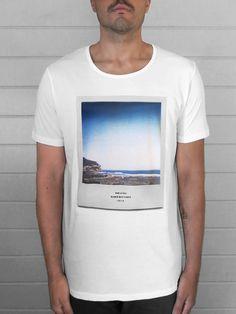 B/M Polaroid | Blanco Mate Store #tee #tshirt #woman #classic #surf #polaroid #instant #instantphotography #waves #organiccotton #ecowear #desing #graphicdesign #visual #studio