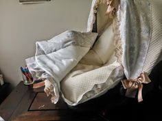 lanaytela: PAP ....maxi_cosi ...1ª parte Car Seats, Baby Shower, Quilts, Blanket, Diy, Couture, Blog, Home Decor, Collection