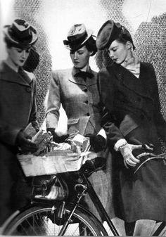 Femmes en chapeau
