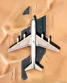 Abandoned plane in the Dubai desert Photo by Desert Photography, Drone Photography, Buy Drone, Luxury Boat, Dubai Desert, Abandoned Places, High Quality Images, Time Travel, We Heart It