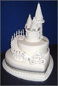 Beautiful #White #Castle #Cake with Fairy-tale carriage! We love and had to share! Great #CakeDecorating!