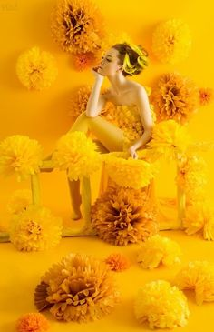 Mustard yellow aesthetic Senfgelb ästhetisch The post Senfgelb ästhetisch & Yellow Aesthetic appeared first on Mustard yellow . Foto Fantasy, Portrait Photography, Fashion Photography, Yellow Photography, Creative Photography, Dandelion Yellow, Nature Landscape, Yellow Fashion, Jolie Photo