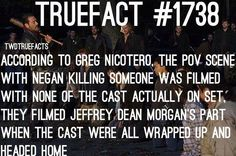 so nobody knows who is dying yet Walking Dead Facts, Walking Dead Show, Walking Dead Funny, Fear The Walking Dead, Talking To The Dead, Jeffrey Dean Morgan, Dead Inside, True Facts, Best Shows Ever
