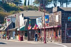 Bandon,OR. Discover boutiques, galleries and tasty. Scottsdale Shopping, Scottsdale Old Town, Oregon Coast Camping, Oregon Travel, Old Town Ibiza, Geneva Old Town, Old Town Temecula, Bandon Oregon, Penang Island