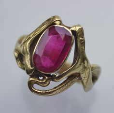 French Art Nouveau double snake ring from around 1900.