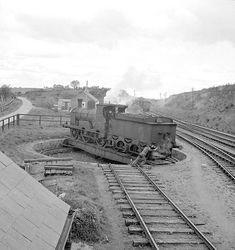 Ireland Kilfree Junction, Co. Sligo A man pushing a steam train round a turntable. Date: May 1960 Old Photos, Vintage Photos, Steam Railway, Somewhere In Time, British Rail, Dublin City, By Train, Steam Locomotive, Railroad Tracks