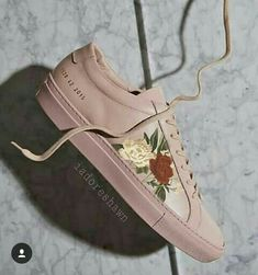I want them soooo badly Mendes 98, Shawn Mendes Merch, Shawn Mendes Clothes, Tenis Vans, Magcon Boys, To My Future Husband, Dear Future, My Boyfriend, Sneakers