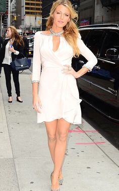 Blake Lively arrives in a Jenny Packham Fall 2012 dress at the David Letterman show in New York, New York on June 26, 2012.
