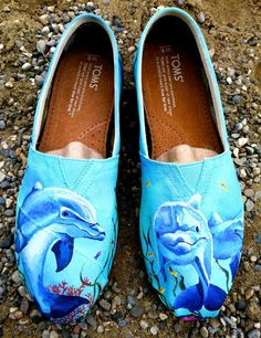Made to Order Custom Painted TOMS Dolphin by TheMermaidsChest Painted Toms, Hand Painted Shoes, Painted Clothes, Vaporwave Clothing, Creative Shoes, Shoe Art, Custom Shoes, Shoe Boots, Ugg Boots