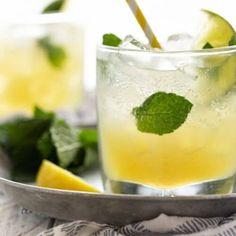 Gin Martini Recipe, Batch Cocktail Recipe, Martini Recipes, Alcohol Drink Recipes, Cocktail Desserts, Dessert Drinks, Summer Cocktails, Cocktail Recipes, Citrus Recipes