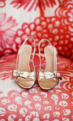 Erin Sparkle & Hay wore these gold Kate Spade sandals for her Saltwater Farm Vineyards rustic chic wedding. Photo by Anna Sawin Photography www.annasawin.com