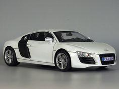 Audi R8 1/24