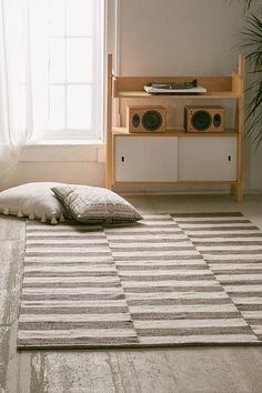 Slide View: 1: Abbey Offset Stripes Wool Rug